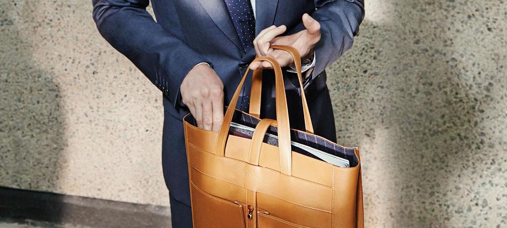chọn túi xách phù hợp với trang phục