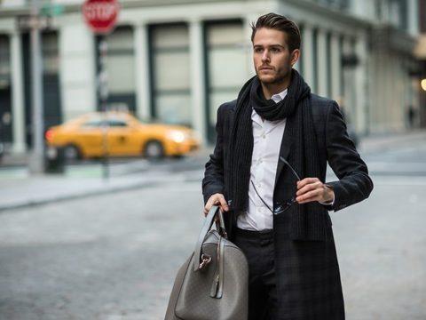 Chọn màu túi xách cá tính nhất phù hợp với trang phục