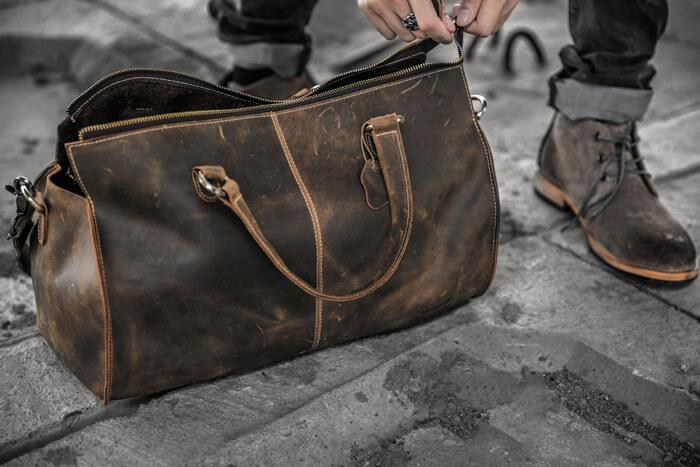 Mua túi xách nam da bò có độ bền cao